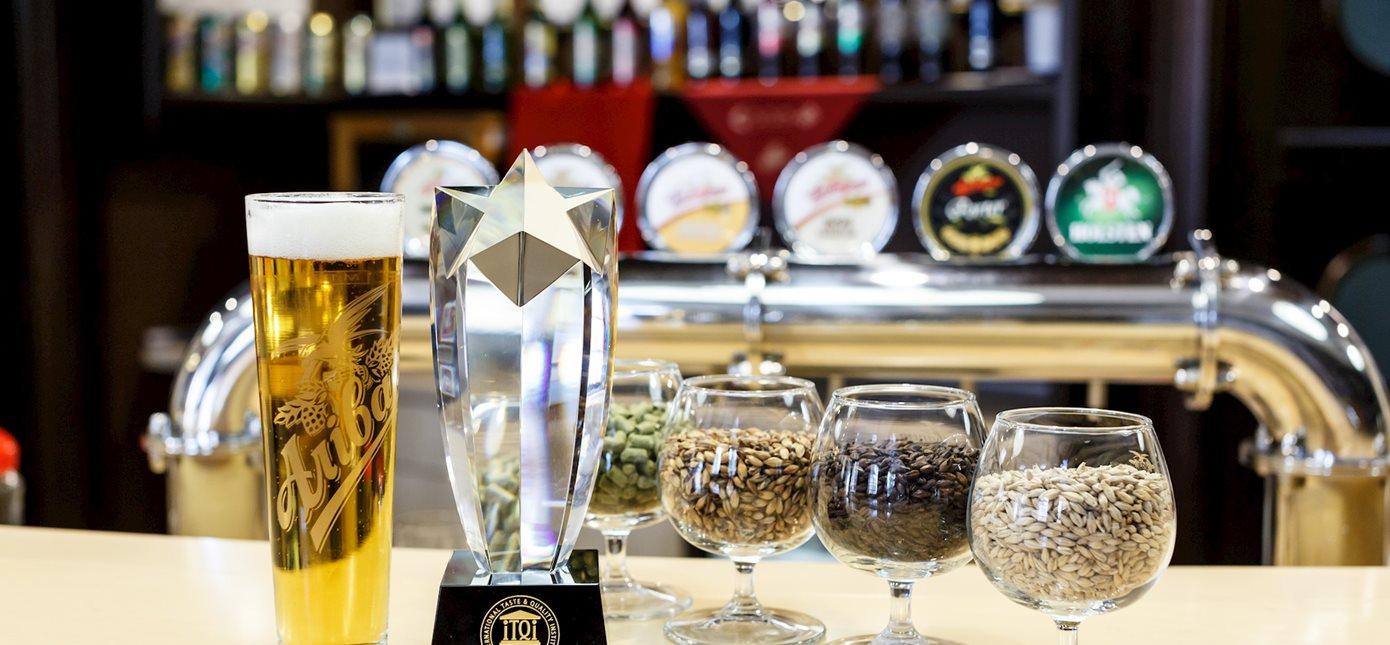crystal-taste-award.jpg?anchor=center&mo